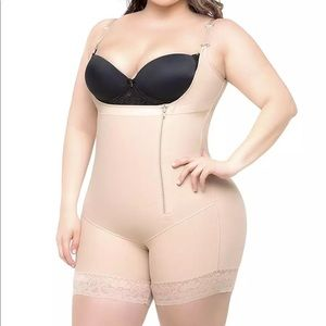 Other - Body Shaping Girdle (HOT 🔥 SELLER)